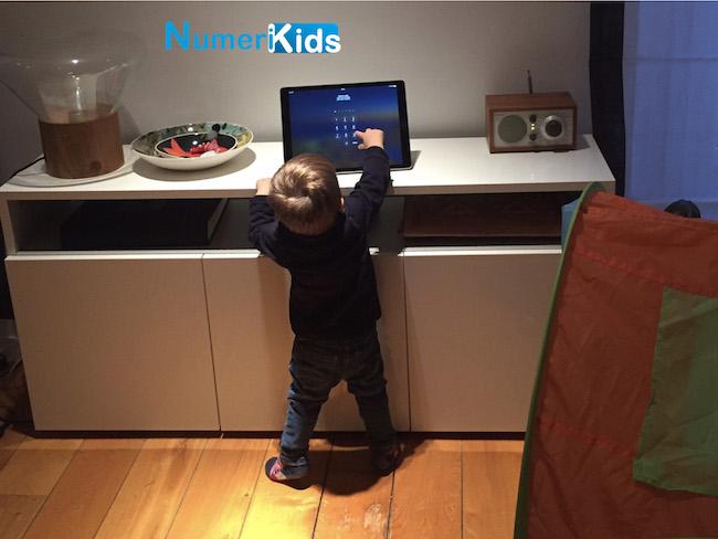 Pourquoi on ne peut pas toujours interdire les écrans aux enfants de -3 ans