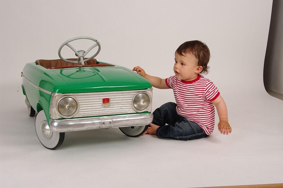 Comment occuper les enfants en voiture pour les vacances ?