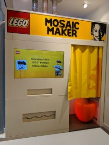 Cabine Lego Mosaic Maker Paris