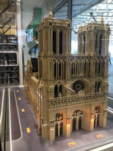 Notre Dame de Paris en Lego - Lego Store Paris Le Halles