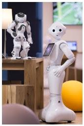 """Pepper à l'exposition """"Robots"""" de la Cité des sciences et de l'industrie"""